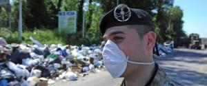 RIFIUTI: MILITARI IN AZIONE A NAPOLI