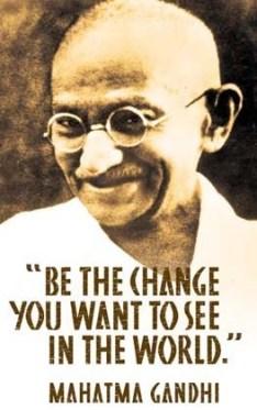 Sii-Il-Cambiamento-Che-Vuoi-Vedere-Nel-Mondo-Ghandi
